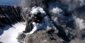 Volcanic Eruptions Timed Close to Mass Extinction