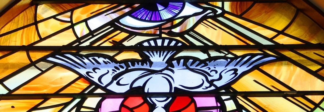 Stained_glass,_Holy_Family_Church,_Teconnaught,_September_2010_crop